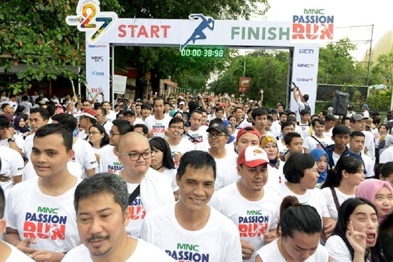 https: img.okezone.com content 2016 11 13 406 1540108 asyik-peserta-passion-run-bisa-keliling-indonesia-Vk4z2Vpesd.jpg