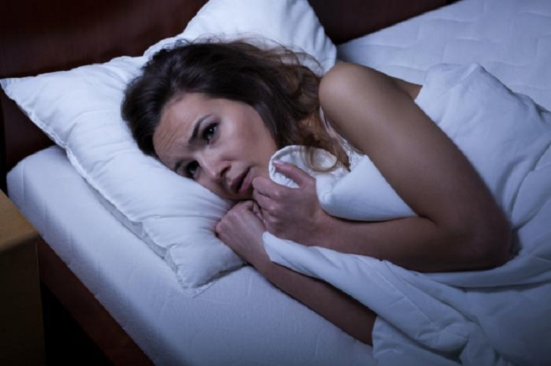 https: img.okezone.com content 2016 11 18 481 1544972 inilah-penyebab-wanita-mudah-insomnia-AJvEdIEOdM.jpg