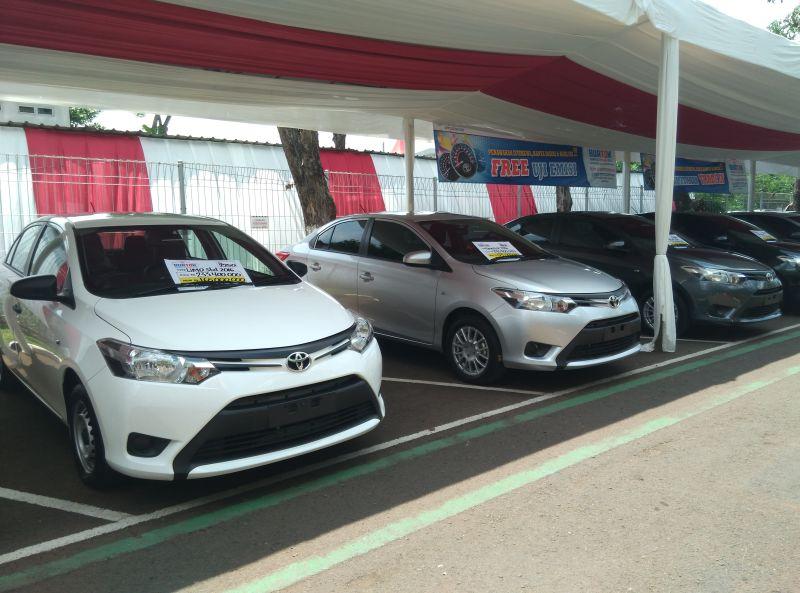 Toyota Vios Limo (Foto: Mufrod /Okezone)
