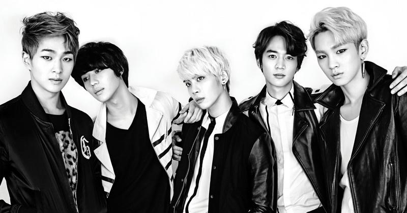 https: img.okezone.com content 2016 11 19 205 1546031 top-music-taemin-cemburu-ke-minho-BaiiMFG68A.jpg