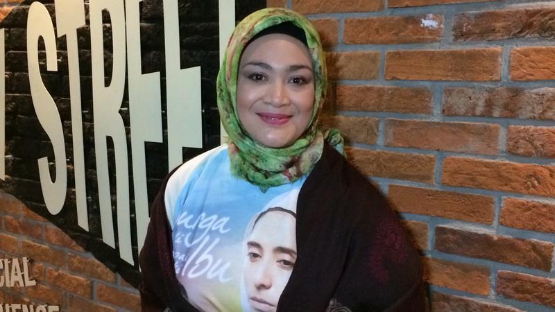 Jessica Mila Jadi Teman Diet Dewi Hughes Okezone Celebrity