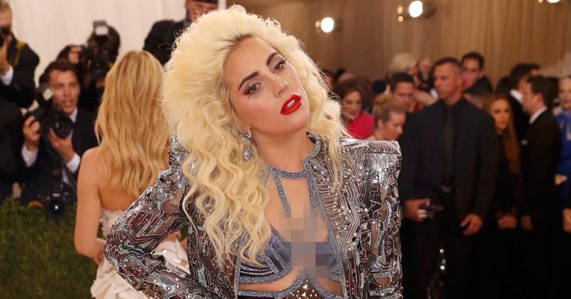 Tangis Haru Lady Gaga atas Keberhasilan Selena Gomez di AMA