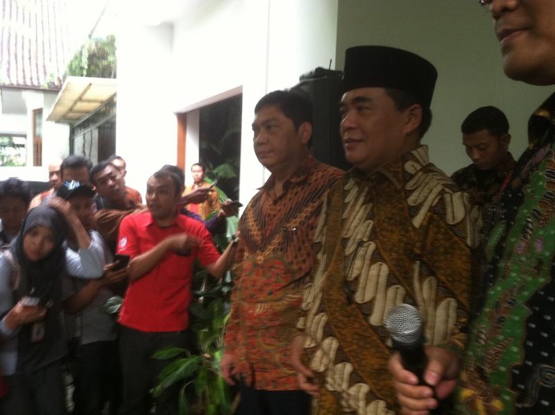 Ketua DPR RI Ade Komarudin saat berkunjung ke rumah Megawati Sukarnoputri di Menteng, Jakarta (Taufik/Okezone)