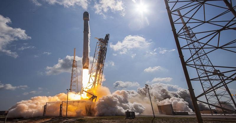 SpaceX Akan Luncurkan Satelit NASA pada 2021