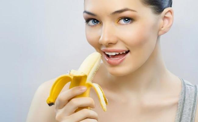 https: img.okezone.com content 2016 11 30 194 1554960 aneka-manfaat-pisang-untuk-kecantikan-6piAfdAroM.jpg