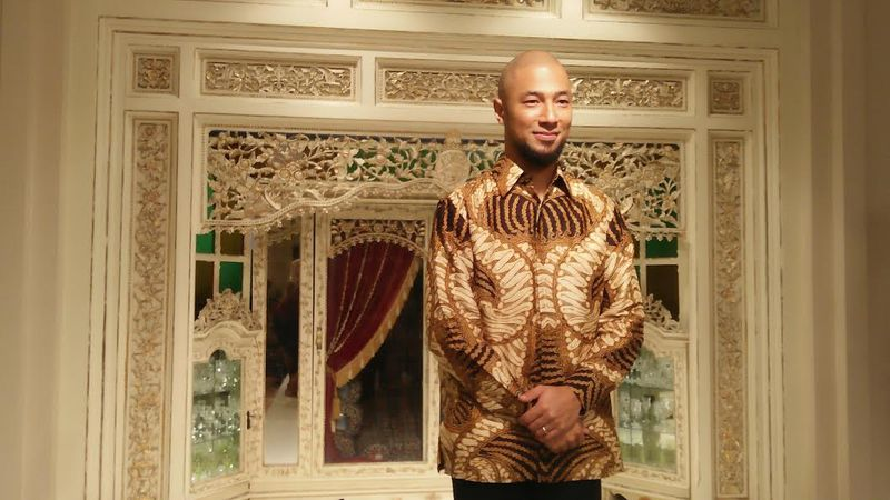 https: img.okezone.com content 2016 11 30 194 1554994 ternyata-batik-bagi-marcell-siahaan-miliki-makna-mendalam-m164M7dAFm.jpg