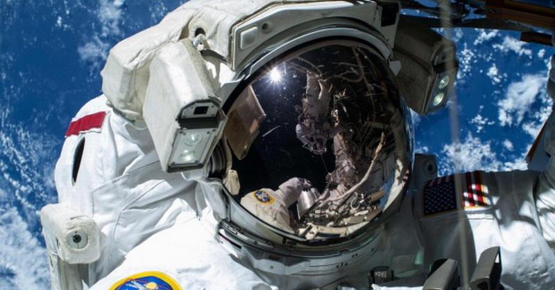 NASA Cari Cara Buang Air di Luar Angkasa