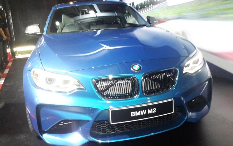BMW Indonesia menyatakan belum memiliki rencana untuk memproduksi mobil beperforma tinggi M Series di Indonesia (Okezone)