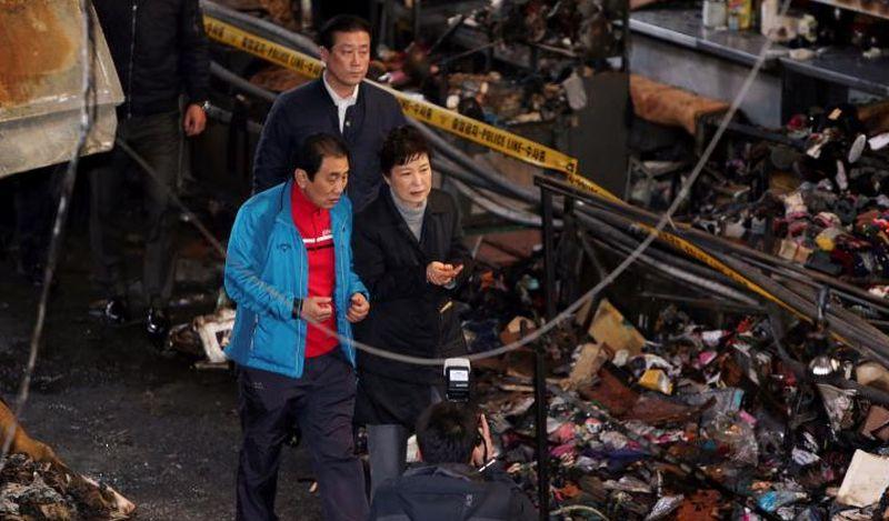 Presiden Korsel Park Geun-hye dalam kunjungan ke Daegu. (Foto: Reuters)