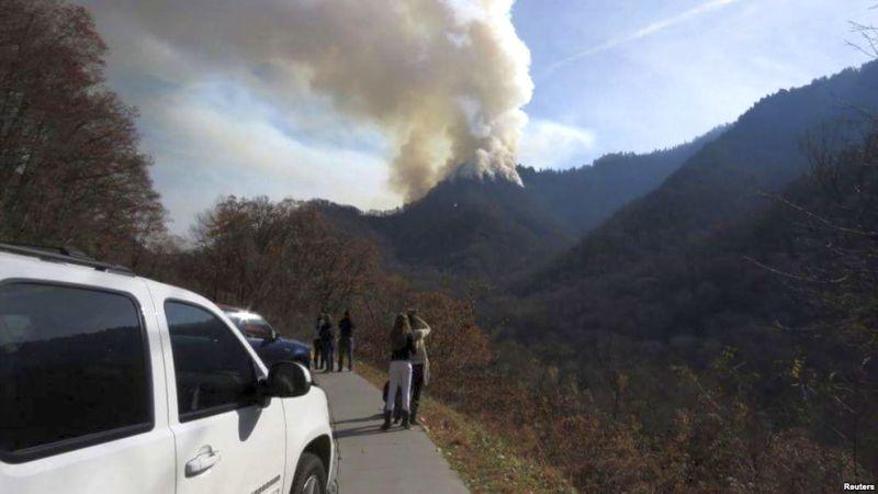 Kebakaran hutan di negara bagian Tennessee, AS. (Foto: Reuters)