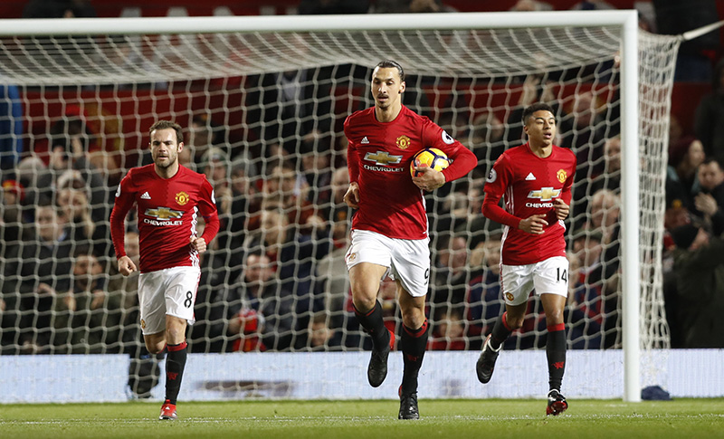 Sempat Kebobolan, Manchester United Bikin Penggila Bola Kepo di Google