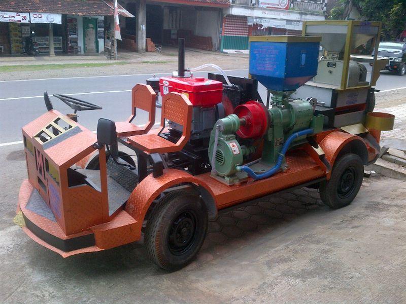 Mobil penggiling padi (segalamesin.com)