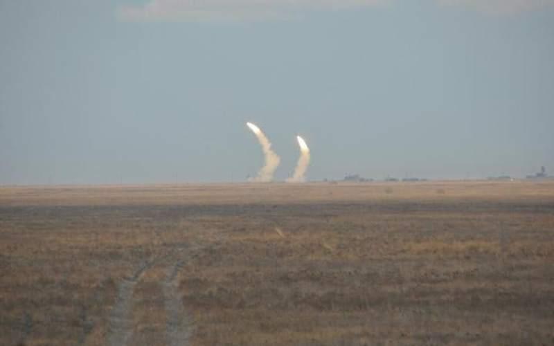 Dua rudal milik Ukraina yang diuji coba di dekat Krimea (Foto: Istimewa)