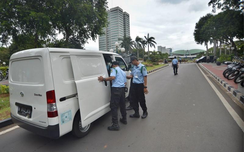 Pengamanan ketat Kompleks DPR/MPR (Foto: Antara)