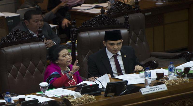 Popong Otje Djundjunan (Foto: Antara)