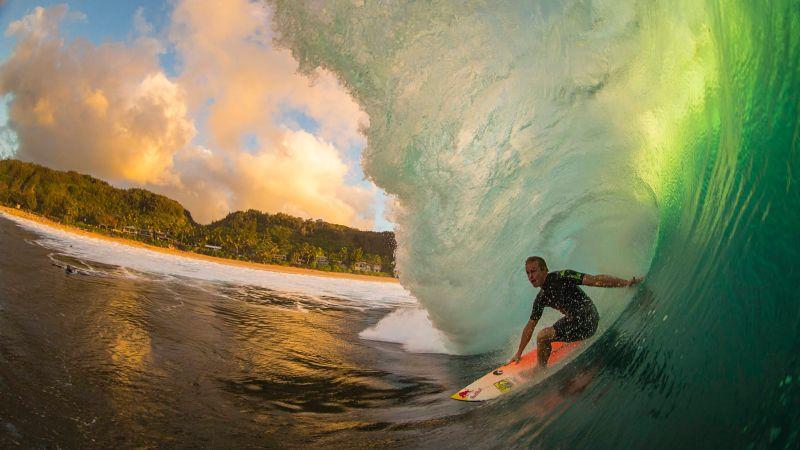 https: img.okezone.com content 2016 12 06 406 1560152 ombak-kuala-cut-lampuuk-jadi-tempat-terbaik-aceh-surfing-festival-2016-UXOMWN8fRu.jpg
