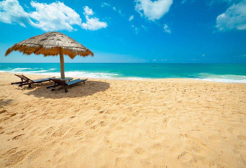 https: img.okezone.com content 2016 12 08 406 1561911 pantai-manohara-salah-satu-wisata-pantai-menarik-di-pidie-jaya-aceh-QyxynZKs7n.jpg