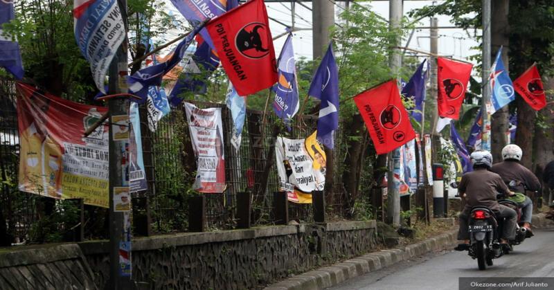 Panwas Kota Yogyakarta Tertibkan Puluhan Alat Peraga Kampanye yang Salahi Aturan