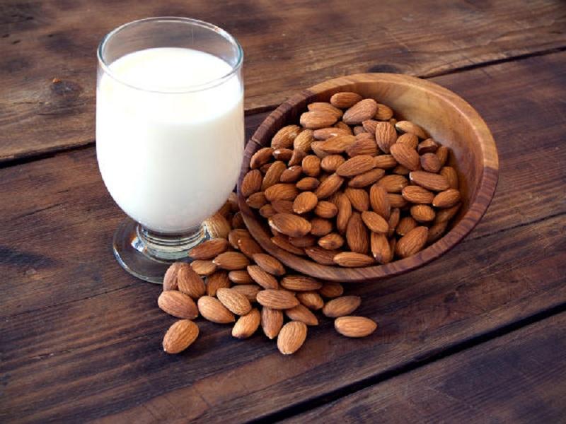 7 Jenis Susu Pengganti Susu Sapi, Sehat dan Rendah Kalori!