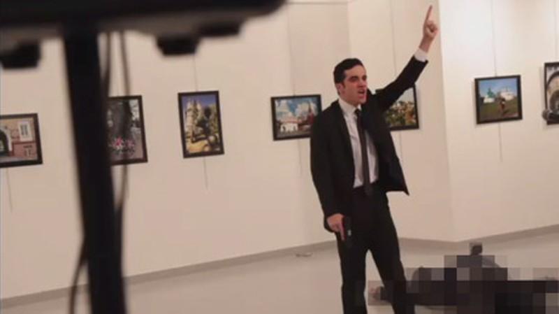 https://img.okezone.com/content/2016/12/20/18/1570793/penembak-dubes-rusia-untuk-turki-menyamar-sebagai-polisi-nkAUBiR8lJ.jpg