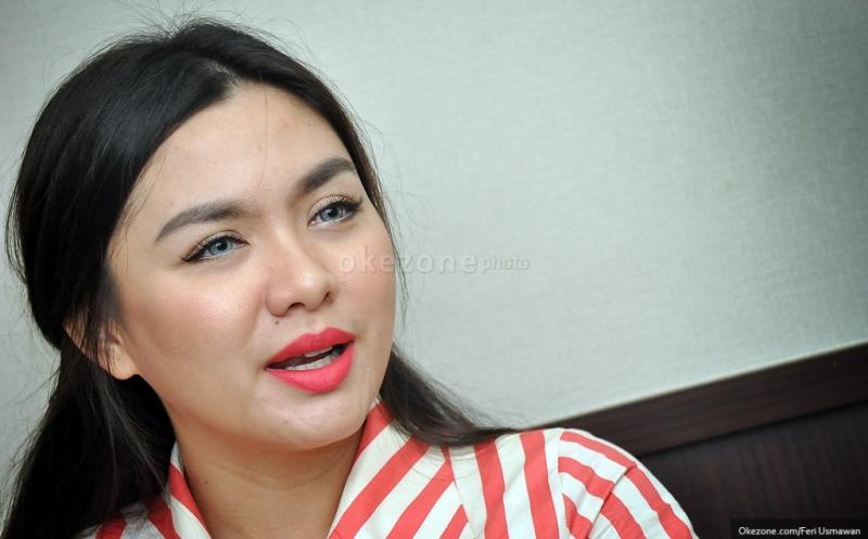 FOTO: Vicky Shu Tak Sabar Ingin Jadi Ibu : Okezone Celebrity