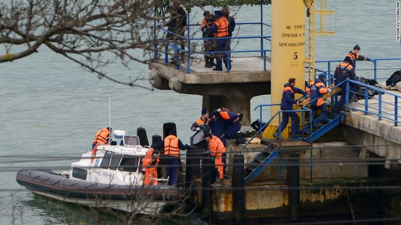 Proses Pencarian Korban Pesawat Militer Rusia yang Jatuh Terus Dilakukan. (Foto: CNN)