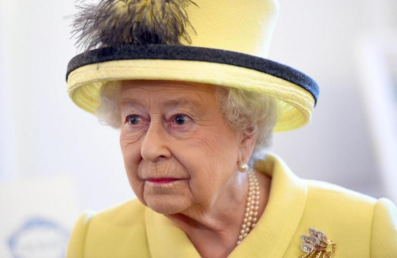 https: img.okezone.com content 2016 12 27 18 1576298 ratu-elizabeth-mendukung-inggris-raya-keluar-dari-uni-eropa-QKS0QBoXaB.jpg