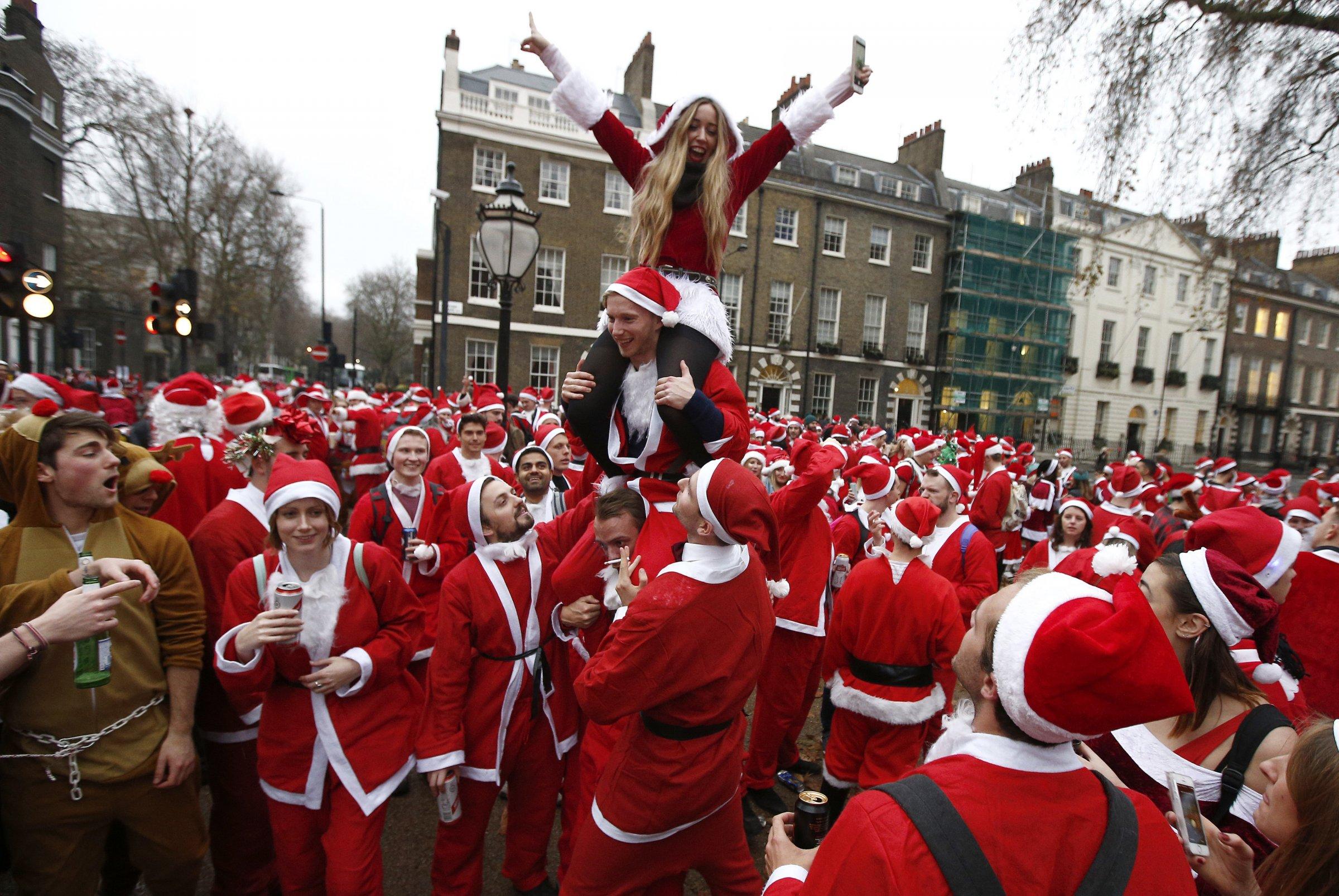 https: img.okezone.com content 2016 12 27 406 1576330 5-tradisi-unik-rayakan-natal-di-dunia-gax6D1an12.jpg