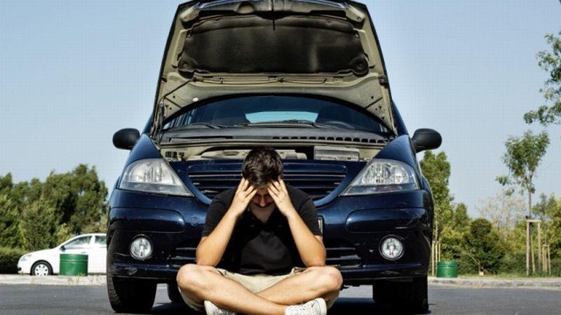 kebiasaan buruk berkendara yang bikin mobil cepat rusak okezone news. Black Bedroom Furniture Sets. Home Design Ideas