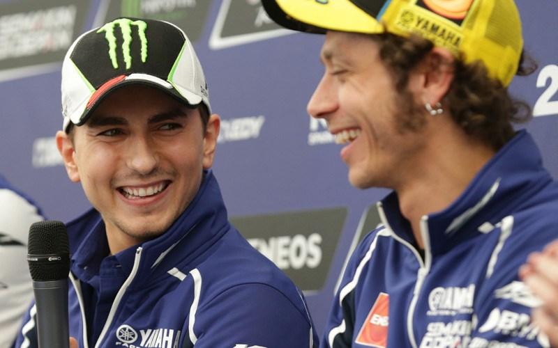 Jorge Lorenzo Maklumi Perlakuan Penggemar Valentino Rossi Kepadanya