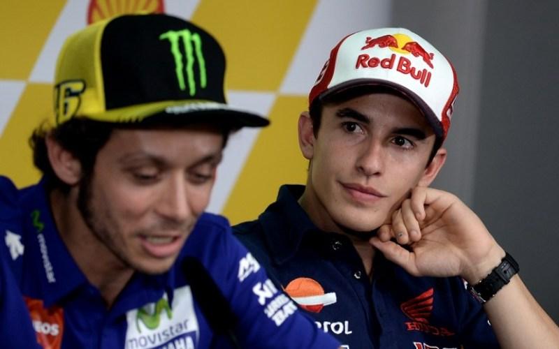 Insiden dengan Marc Marquez di Sepang Buat Rossi Lebih Tegang