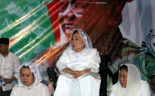 Istri Gus Dur Sinta Nuriyah (Foto: Okezone)