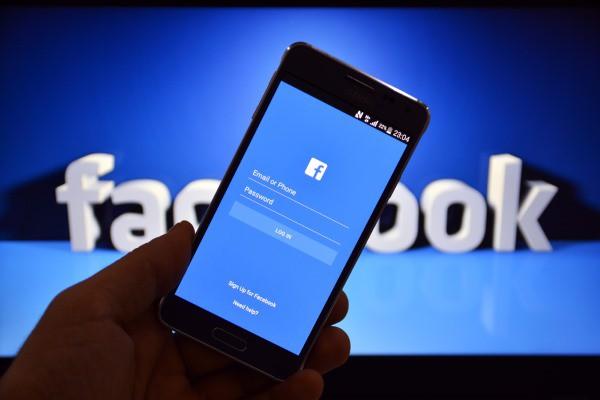 Facebook Akui Messenger Kuras Baterai Ponsel