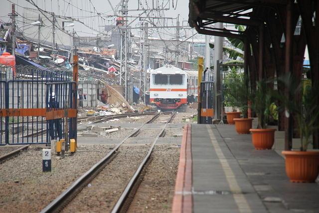 Jalur KA Bojonegoro-Tuban akan Diaktifkan