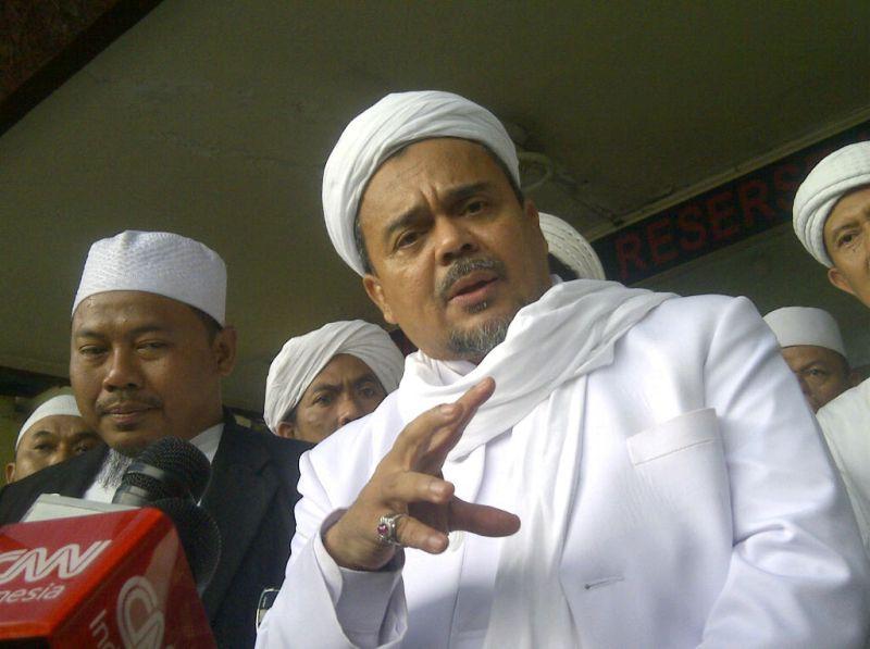 Imam besar FPI Habib Rizieq (Foto: Oris Riswan/Okezone)