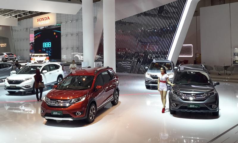 HPM targetkan 210 ribu mobil terjual selama 2017 (Foto: dok.Okezone)