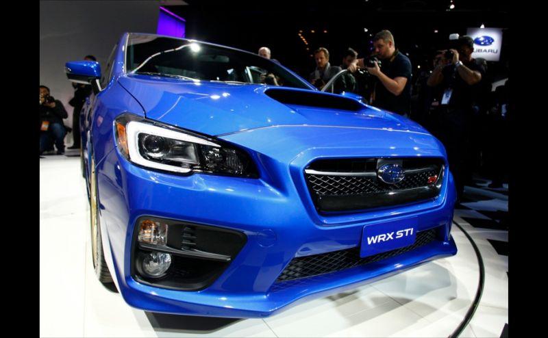 Subaru WRX STI debut di Detroit Auto Show 2017 (Foto: Reuters)