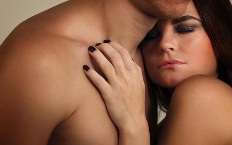 top health lakukan 5 hal ini supaya istri puas di atas ranjang