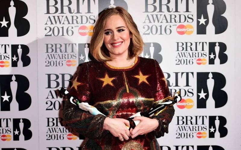 https: img.okezone.com content 2017 01 22 205 1598087 top-music-deretan-nominasi-brit-award-2017-MJ7QiLnoTp.jpg