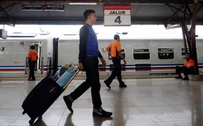 Penumpang Kereta Kini Dilindungi Asuransi Jasa Raharja