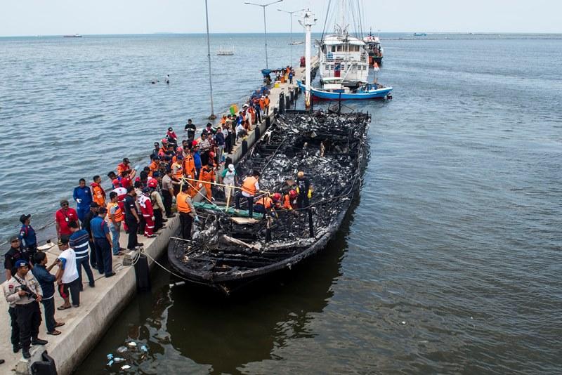 Investigasi Terbakarnya Kapal Zahro Express Kelar Bulan Depan