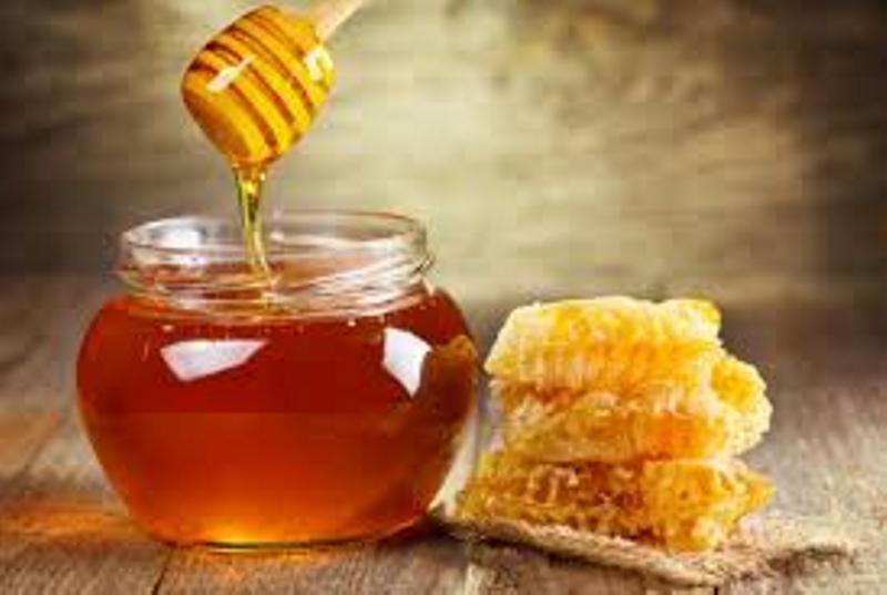 https: img.okezone.com content 2017 01 23 481 1598614 hasil-penelitian-mengonsumsi-madu-berlebihan-bahayakan-liver-bYt5LCA3kp.jpg