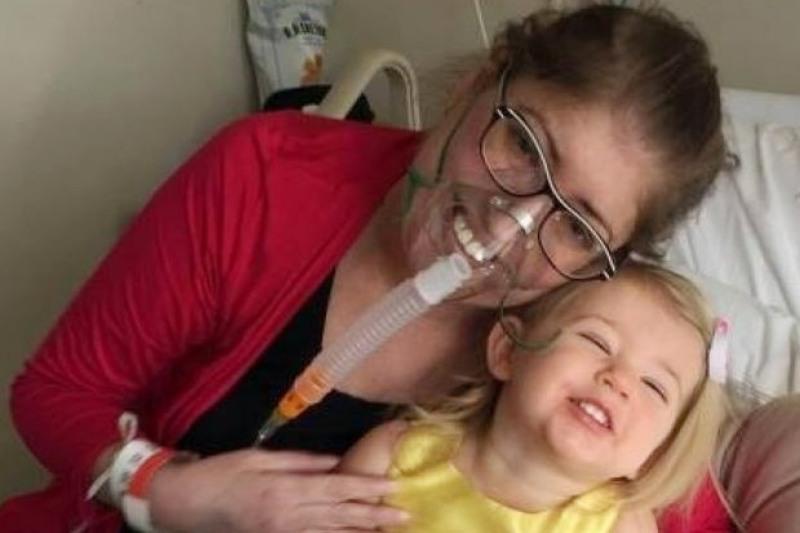 Melisa Benoit berhasil bertahan hidup selama enam hari tanpa paru-paru. (Foto: Ist)