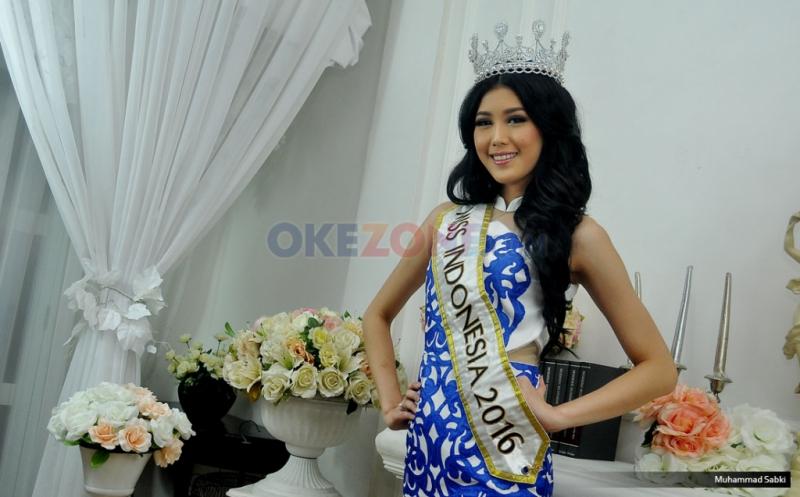 https: img.okezone.com content 2017 01 30 320 1604839 miss-indonesia-tak-bosan-cari-peluang-usaha-baru-EqgUiR7LLX.jpg