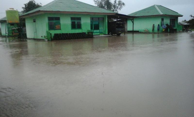https: img.okezone.com content 2017 02 01 340 1606565 banjir-sapu-10-desa-di-nusa-tenggara-timur-wInrtpbplE.jpg