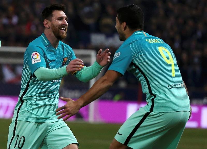 https: img.okezone.com content 2017 02 02 46 1607219 menang-tipis-atas-atletico-satu-kaki-barcelona-ada-di-partai-final-copa-del-rey-Xz4D0MHZix.jpg