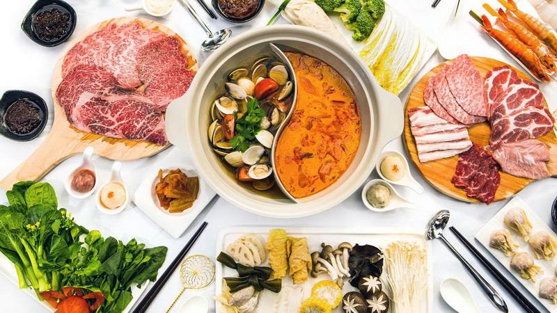 https: img.okezone.com content 2017 02 07 298 1611607 5-wisata-kuliner-yang-wajib-dikunjungi-selama-di-singapore-khususnya-anda-pencinta-hot-pot-E4ltTdmKCn.jpg