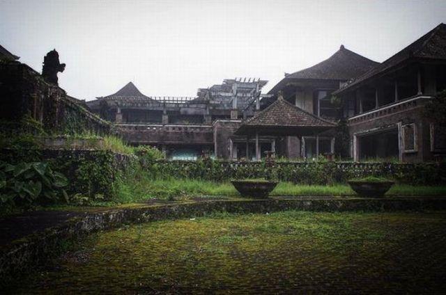 "Berani Uji Nyali di Hotel ""Tak Bertuan"" di Bedugul, Bali? : Okezone Lifestyle"