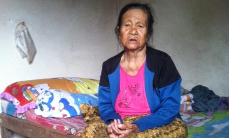 Sakit sakitan Nenek Maryati Cuma Minum Obat Warung yang