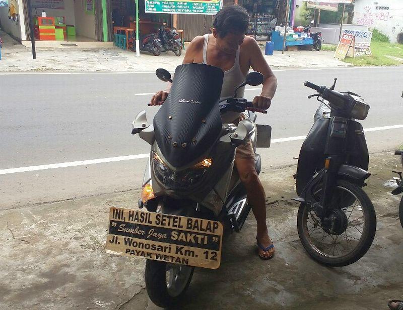 Heru berbagi tips penyebab motor tak stabil (Foto: Prabowo/Okezone)